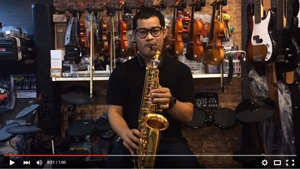 Alto Saxophone Overtone รุ่น Gold Lacquer
